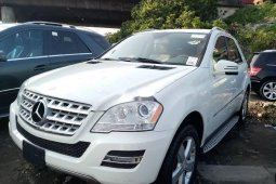 Foreign Used 2010 White Mercedes-Benz M Class for sale in Lagos.