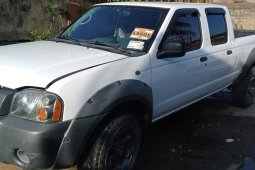 Foreign Used Nissan Frontier 2002 Model White