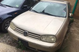 Foreign Used Volkswagen Golf 2000 Model Gold