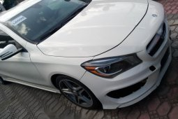 Sharp and neat Tokunbo Benz CLA 250, 2014 model