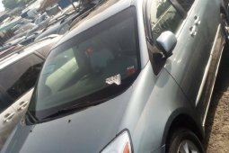 Foreign Used 2005 Dark Blue Toyota Sienna for sale in Lagos.