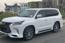 Super Clean Foreign Used 2016 Lexus 570 for sale in Lagos.