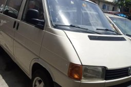 Tokunbo Volkswagen Transporter 1993 Model White