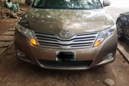 Nigeria Used Toyota Venza 2010 Model Gold