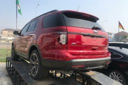 Foreign Used Ford Explorer 2014 Model Red