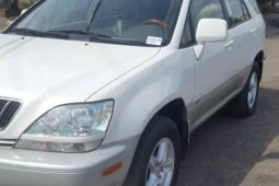 Foreign Used 2001 Lexus RX for sale in Lagos.