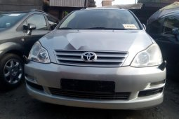 Foreign Used Toyota Avensis 2005 Model Silver