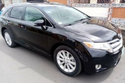 Naija Used 2010 Toyota Venza for sale