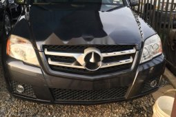 Foreign Used 2011 Black Mercedes-Benz GLK for sale in Abuja.