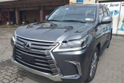 Clean Tokunbo Lexus IS 2019 ModelLexus IS 2019