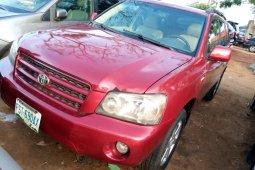 Sharp and neat Naija Used Toyota Highlander 2003 model,  for sale