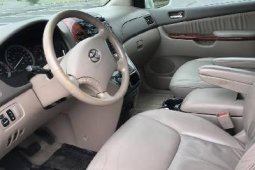 Super Clean Foreign Used Toyota Sienna XLE 2005 Model for sale