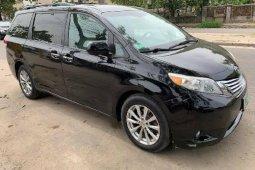 Nigeria Used Toyota Sienna 2011 Model Black