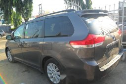 Very Clean Foreign Used Toyota Sienna 2011 Model for sale in Lagos.