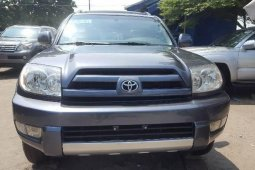 Foreign Used 2005 Blue Toyota 4-Runner for sale in Lagos.