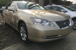 Foreign Used 2009 Gold Lexus ES for sale in Lagos.