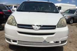 Foreign Used Toyota Sienna 2005 Model White