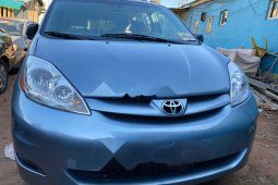 Foreign Used Toyota Sienna 2006 Model Blue