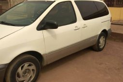 Foreign Used Toyota Sienna 2000 Model White