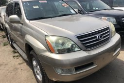 Foreign Used 2005 Gold Lexus GX for sale in Lagos.