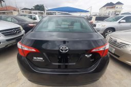Sell used black 2016 Toyota Corolla automatic at price ₦4,850,000