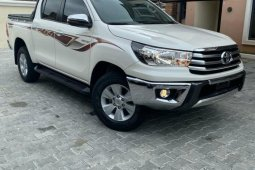 Toyota Hilux 2017 ₦14,800,000 for sale