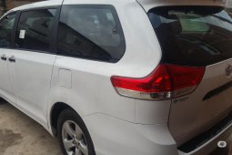 Toyota Sienna 2013 ₦5,000,000 for sale