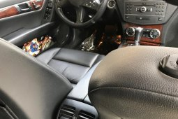 Mercedes-Benz C300 2011