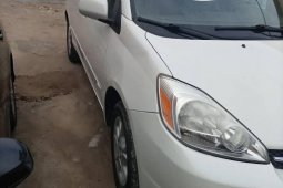 Toyota Sienna 2005 ₦2,500,000 for sale