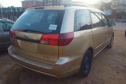 Toyota Sienna 2003 ₦1,100,000 for sale