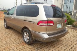 2002 Toyota Sienna for sale in Lagos