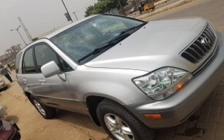 Foreign Used 2002 Silver Lexus RX for sale in Lagos