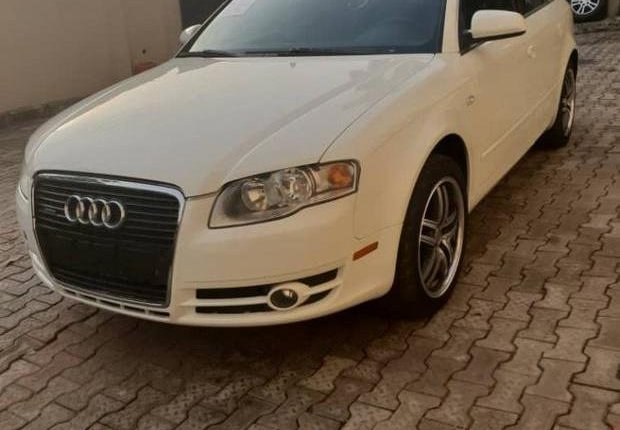 Audi A4 2007 White for sale-4