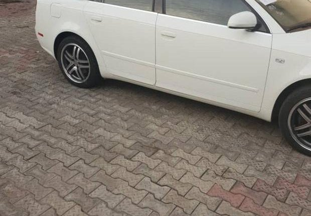 Audi A4 2007 White for sale-2
