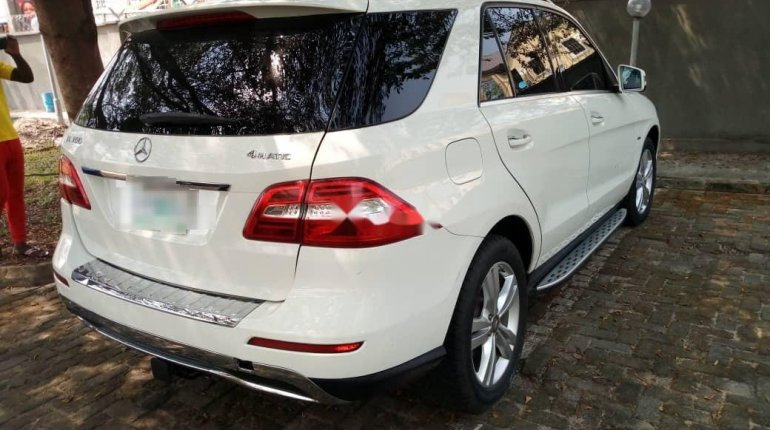2012 Mercedes-Benz ML350 Automatic Petrol well maintained for sale-3