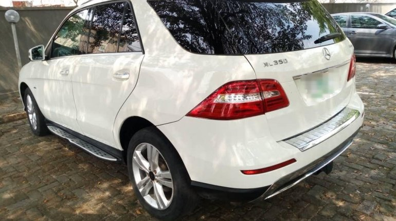 2012 Mercedes-Benz ML350 Automatic Petrol well maintained for sale-4