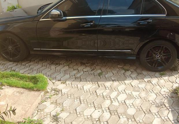 Mercedes-Benz C350 2008 Black for sale-3