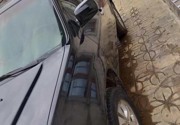 Selling authentic 2003 Acura MDX in Lagos-5