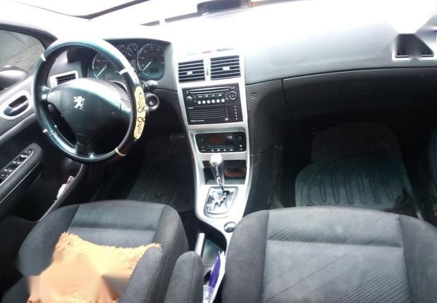Well Maintained Nigerian used Peugeot 307 2009 CC 1.6 Gold-1