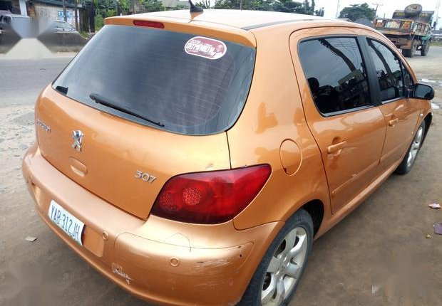 Well Maintained Nigerian used Peugeot 307 2009 CC 1.6 Gold-5