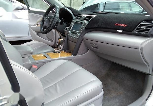 Neat Foreign used Toyota Camry 3.5 XLE 2008 Silver-5