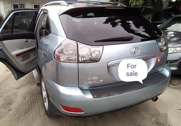 Well Maintained Nigerian used Lexus RX 330 2006 Silver-1