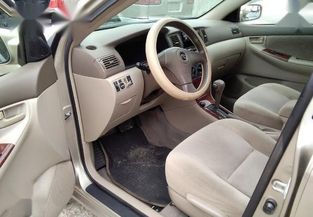 Very Clean Foreign used Toyota Corolla LE 2006 Gold-3