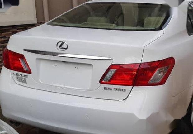 Clean Tokunbo Lexus ES 2008 White-2