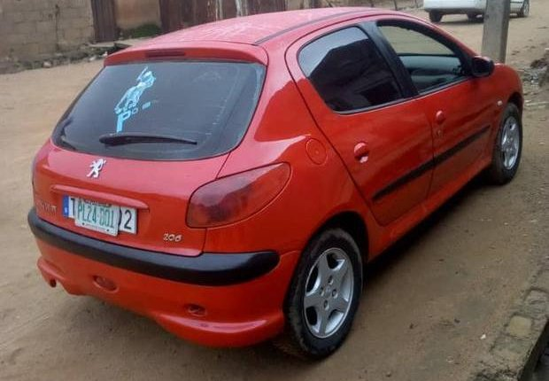 Neat Nigerian used Peugeot 206 2000 Red-2