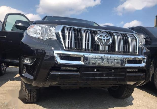 Very Clean Foreign used Toyota Land Cruiser Prado 2018 Limited Black-11
