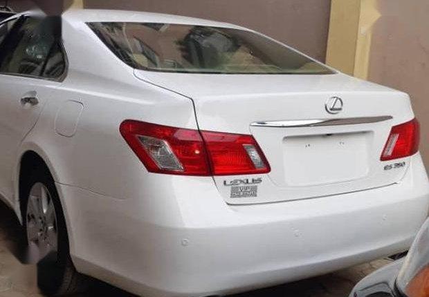 Clean Tokunbo Lexus ES 2008 White-1
