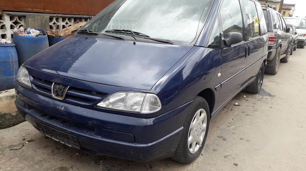 Super Clean Tokumbo Peugeot 806 2000 2.0 Blue-0
