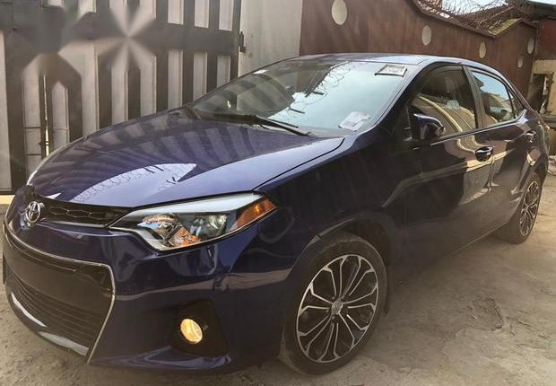 Neat Foreign used Toyota Corolla 2016 Blue-7