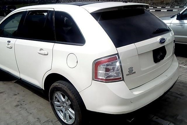 Super Clean Nigerian used 2007 Ford Edge Petrol Automatic-8